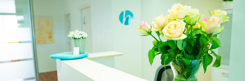 Hausarzt Wedel - Haatanen - Empfang der Praxis
